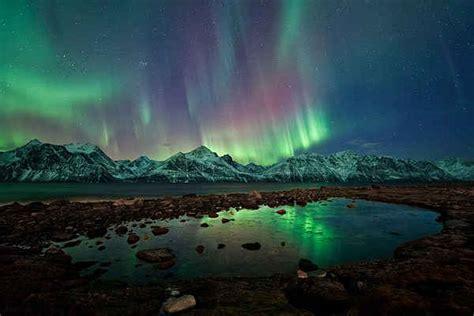 God Of Brilliant Lights New Aurora Pictures Solar Storms Trigger Northern Lights