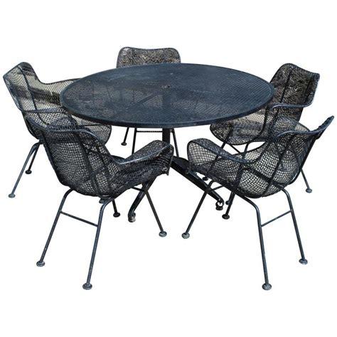 Mid Century Modern Sculptura Wrought Iron Patio Set Table