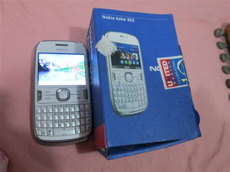 Nokia Asha 302 White nokia asha 302 white color in best condition