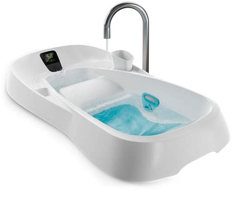 4moms baby bathtub bathing