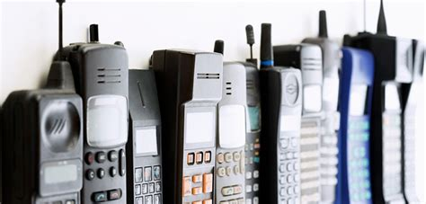 1st mobile phone history of mobile phones what was the mobile phone