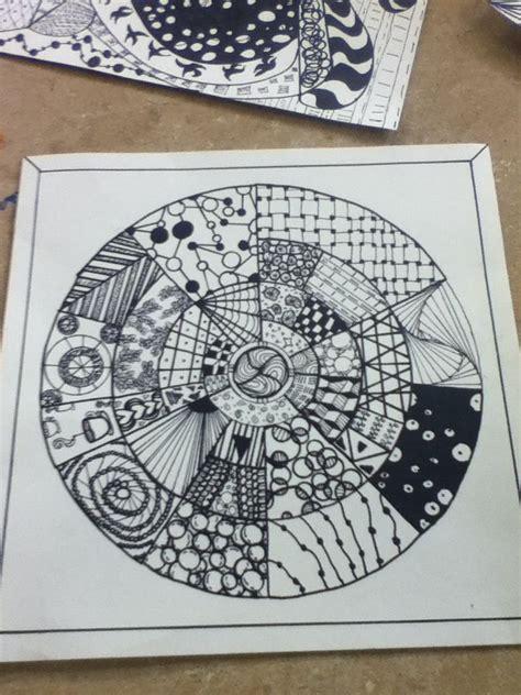 zentangle pattern circle zentangle circle doodlers pinterest