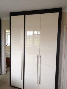 bedroom wardrobe door handles best 25 white gloss wardrobes ideas on pinterest