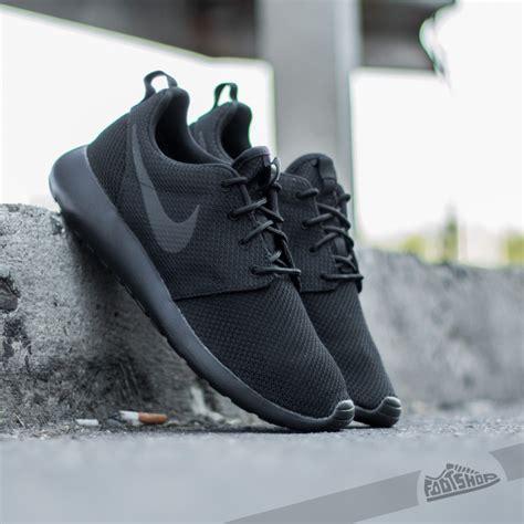 Nike One Black Black nike roshe one black black footshop