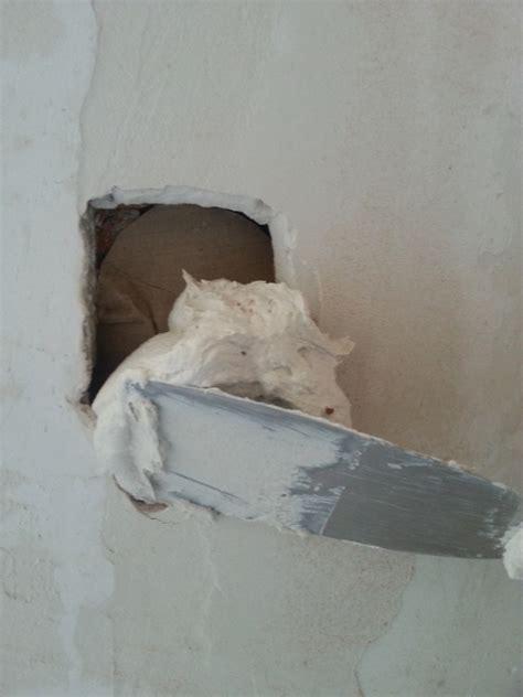 Reboucher Trou Mur Platre 5038 by Comment Boucher Un Trou Non Vide Dans Un Mur En Briques Ou