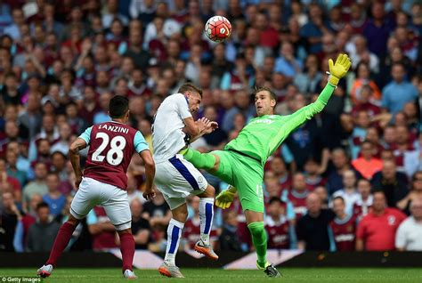 who is the best premier league goalkeeper soccer betting west ham 1 2 leicester city shinji okazaki and riyad