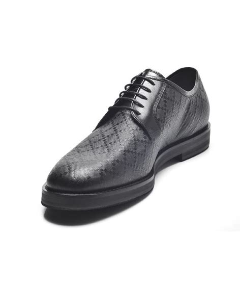 gucci diamante leather lace up oxford shoes in black for