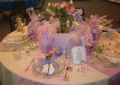 Banquet Table Decorations by S Day Table Decorating And Design Ideas