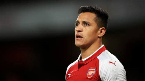 alexis sanchez middle name arsene wenger has no problem with alexis sanchez playing