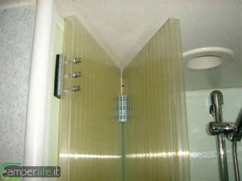 tenda doccia rigida porta rigida doccia su rimor sb678 cer