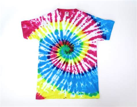 how to tie dye an white shirt 14 steps with pictures