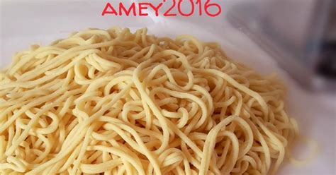 membuat mie mentah resep mie mentah homemade oleh amei cookpad