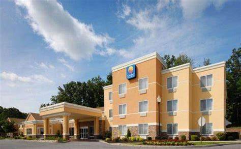 comfort inn saratoga springs find comfort inn suites 17 old gick road saratoga
