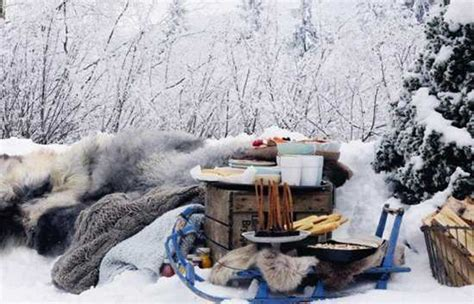 winter outdoor decor winter decoration ideas and food for delicious picnic on