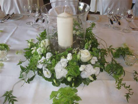 Tischgestecke Hochzeit by Galerie Blumen Stockmaier