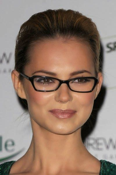 short hairstyles  square faces  glasses  women