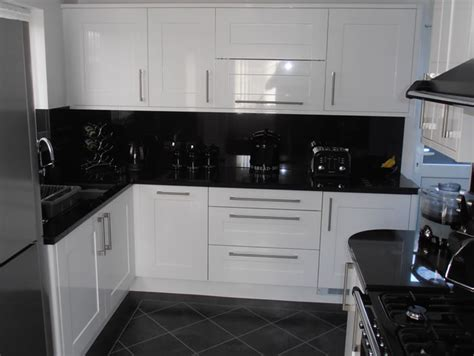 White Gloss Shaker Kitchen by Customer Testimonials Studies From Alderwood Fitted Furniture