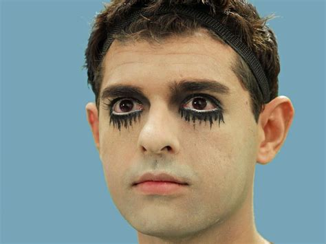 eyeliner tutorial for guys halloween costume ideas hgtv