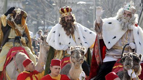 fotos reyes magos madrid 2015 madrid recibe con m 250 sica a los reyes magos de oriente