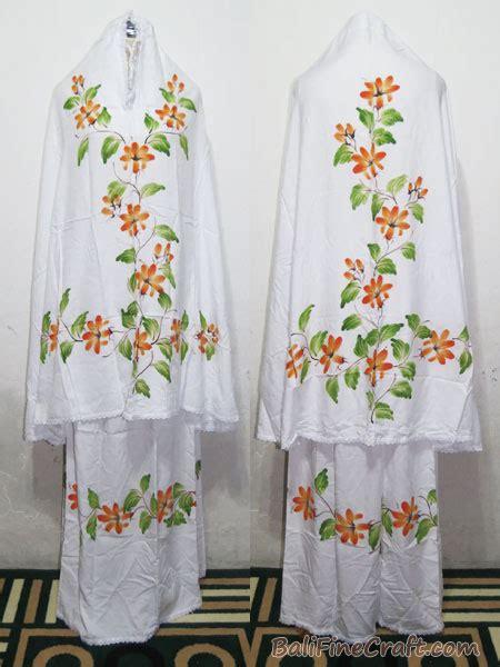 Mukena Size M by Mukena Lukis Bali Mukena Lukis Bali 77 Size M