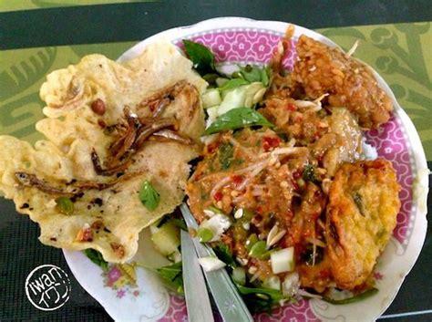 hidangan lokal daya tarik wisata kuliner kota pahlawan