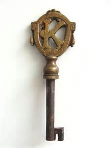 skeleton key door knobs door locks and knobs