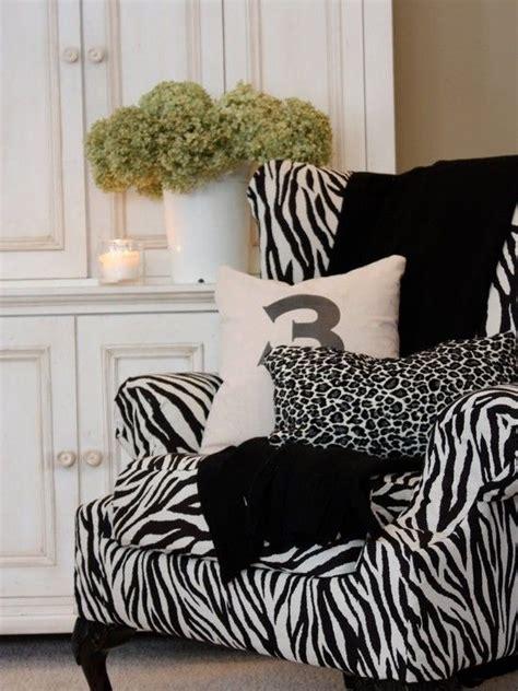 zebra curtains for bedroom 1000 ideas about zebra bedroom designs on pinterest
