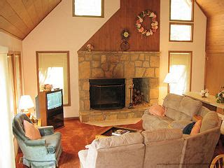 cheap 1 bedroom cabins in gatlinburg tn 179 gatlinburg 3 day thanksgiving vacation 2 bedroom cabin