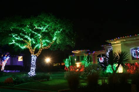 green outdoor christmas lights 15 amazing ways to