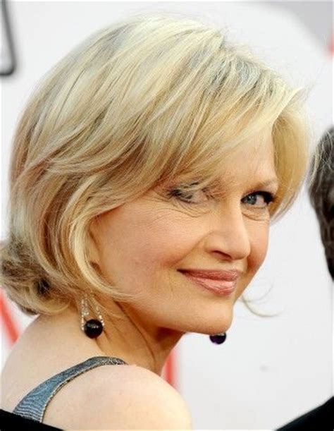 layered hairstyles with at nape of neck diane sawyer s layered blonde style has a nape of the neck