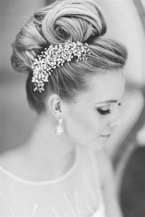 1950 hair styles with bangs 1000 ideas about 1950s updo on pinterest 1950s makeup