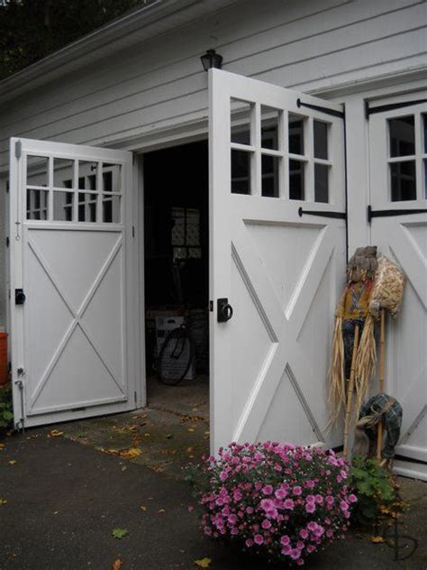 1000 ideas about carriage house 1000 ideas about carriage house on garage doors garage and garage plans