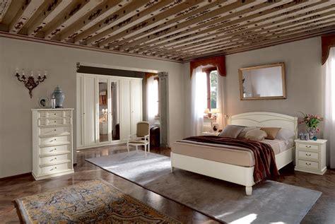 specchi per da letto classica da letto classica armadio ante specchio