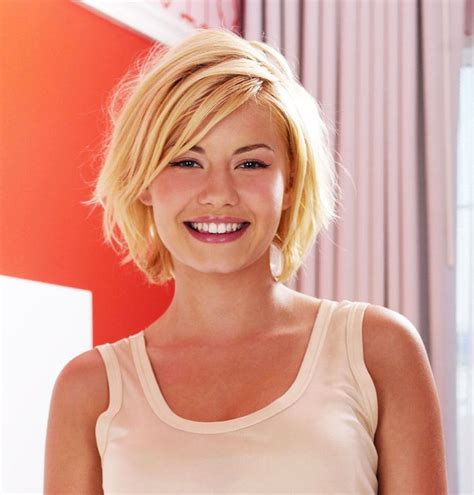 blonde bob growing out how to grow out your pixie cut blonde bobs bobs and blondes