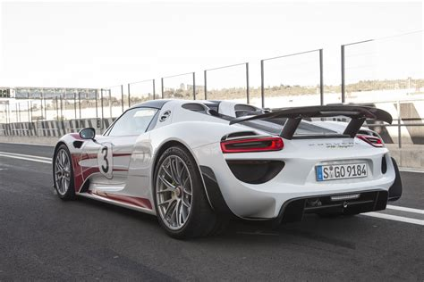 porsche 918 back porsche issues recall for 918 spyder affects 223 cars in