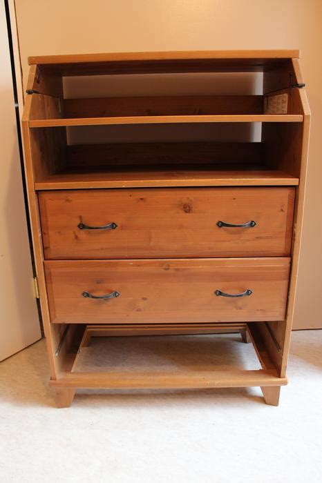 Ikea Diktad Changing Table Ikea Diktad Change Table With Attached Shelf Saanich