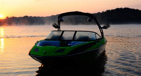 axis boats reliability research 2013 moomba boats mojo 25 on iboats