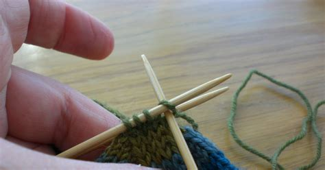 knitting how to graft fiona s knitting three needle grafting how to do it
