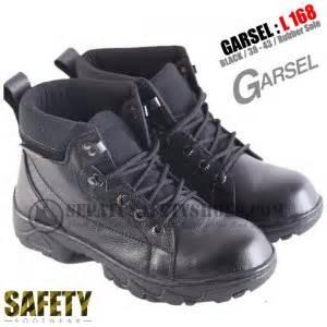 Pabrik Sepatu Boot Karet Bandung toko sepatu safety dan sepatu gunung