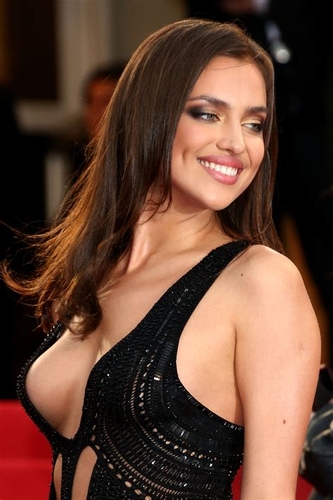 Most sexy women on earth