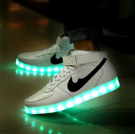 2015 new fashion 8 colors light up sneakers for adults