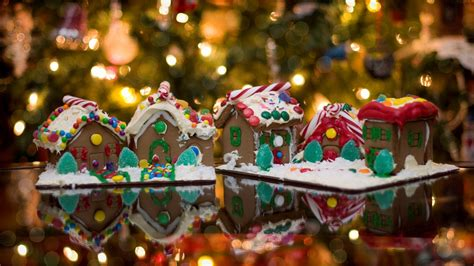 1920x1080 Christmas Ginger Bread House desktop PC and Mac wallpaper
