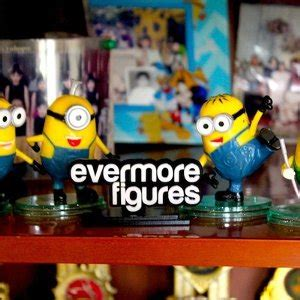 Despicable Me Set Isi 2 Trading Figur jual figure minions despicable me set isi 4 baru mainan