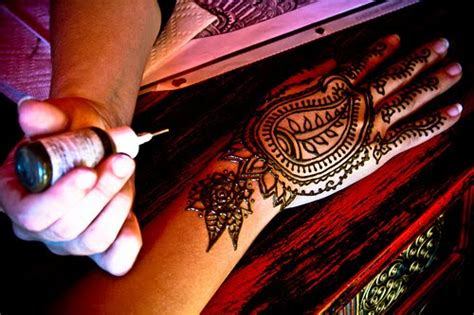 the beauty of henna tattoos natural wellbeing