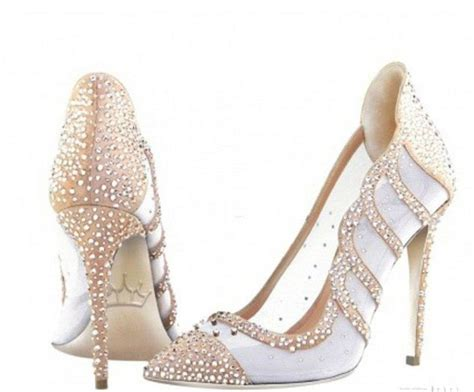 Limited Edition Grace Shoes Khusus Grosir exclusive designs royalty inspired shoes design limited edition