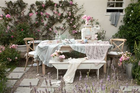 Garden Chic shabby chic style born in the usa