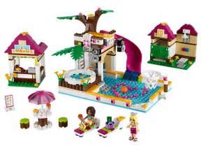 lego friends schwimmbad heartlake city pool lego shop