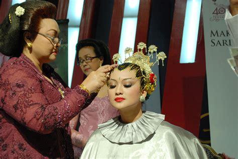 Make Up Tinuk ketika tradisi menjadi kebanggaan daily