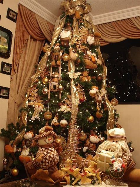 arbol de navidad decorado en naranja intenso google