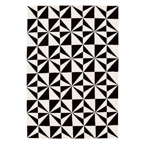 Tapis A by Tapis Design Bicolore Noir Et Blanc 224 Motifs G 233 Om 233 Triques